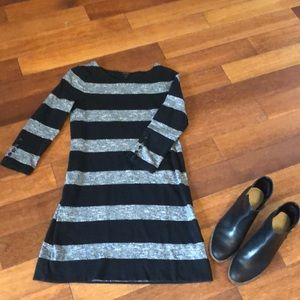XXS black and gray j crew tunic 3/5 sleeves
